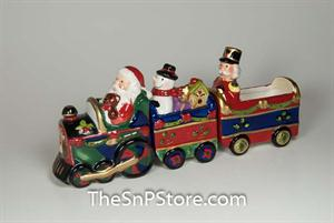Christmas Train set with box - magnetic - 3 pc with Sugar Packet Holder Salt & Pepper Shakers - Magnetic