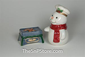 Snowman with Grill Salt & Pepper Shakers