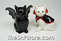 Vampire / Dracula Cats Salt & Pepper Shakers