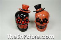 Red/Black Hats Day of the Dead Skull Salt & Pepper Shakers