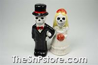 Love Never Dies 2 Salt & Pepper Shakers