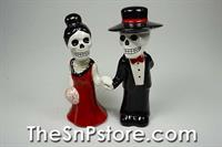 Love Never Dies 3 Salt & Pepper Shakers