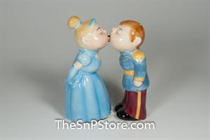 Royal Couple Salt & Pepper Shakers - Magnetic