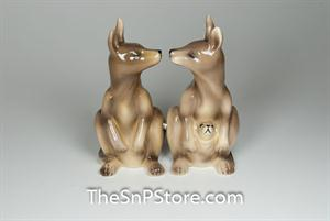 Kangaroos Salt & Pepper Shakers - Magnetic