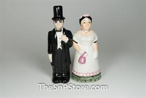 Lincoln and Mary Salt & Pepper Shakers - Magnetic