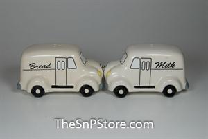 Milk & Bread Truck Salt & Pepper Shakers - Magnetic