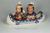 Smoky Mtns Indian Canoe Salt & Pepper Shakers
