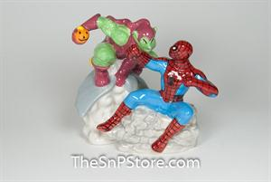 Spider-Man Vs. Green Goblin Salt & Pepper Shakers - Magnetic