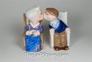 Rocking Chair Couple Salt & Pepper Shakers - Magnetic