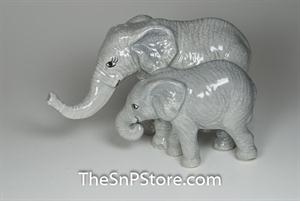 Mother & Baby Elephants Salt & Pepper Shakers - Magnetic