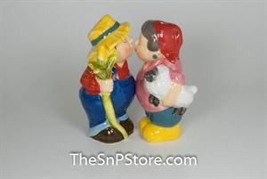 Farmer Couple Salt & Pepper Shakers - Magnetic