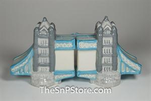 London Bridge Salt & Pepper Shakers - Magnetic