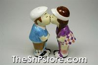 Golf Couple Salt & Pepper Shakers
