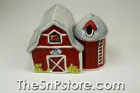 Red Barn and Silo Salt  & Pepper Shakers