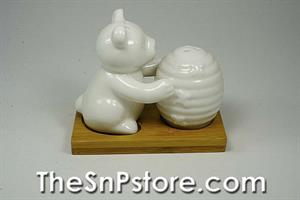 Bear and Hive with base Salt  & Pepper Shakers