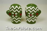 Green Mitten  Salt  & Pepper Shakers